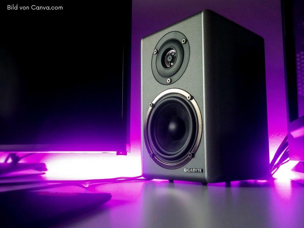 Musikanlage kaufen; HiFi Stereoanlage - Ein Standlautsprecher von Gigabyte