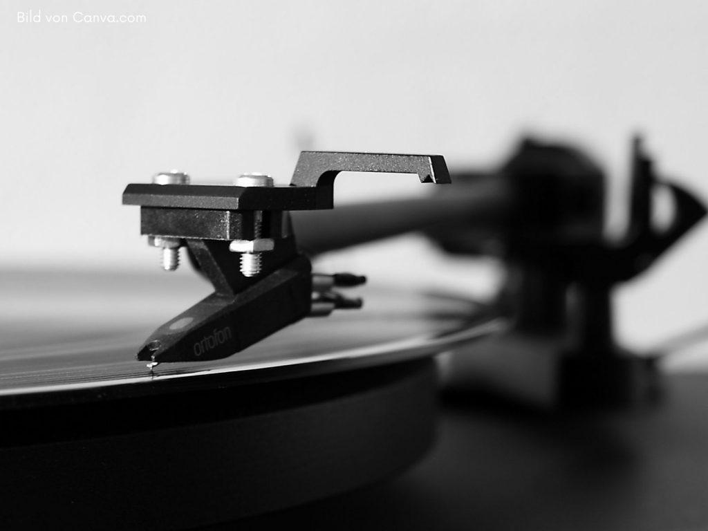 Musikanlage kaufen; HiFi Stereoanlage Plattenspieler